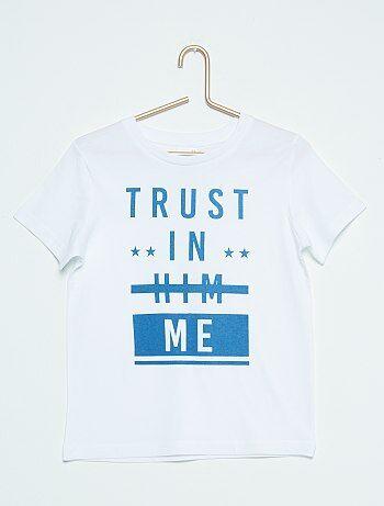 Un imprimé urbain pour ce tee-shirt manches courtes indispensable pour les beaux jours. - Tee-shirt en pur coton - Col rond, manches courtes - Imprimé devant