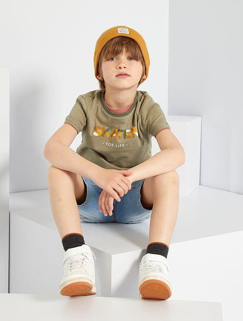 Tee-shirt imprimé 'skate'                                                                             kaki