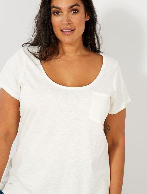 tee shirt jersey flamm grande taille femme kiabi 5 00. Black Bedroom Furniture Sets. Home Design Ideas