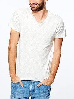 Tee-shirt slim col V