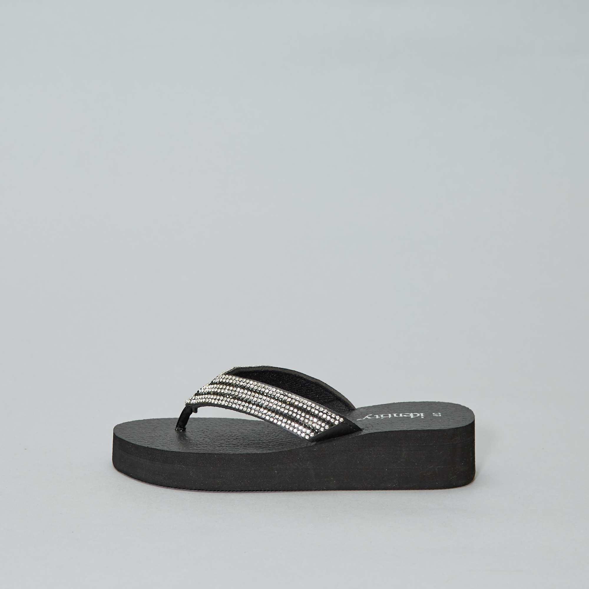 13f4d1e52b61a Tongs compensées Femme - noir - Kiabi - 13,00€