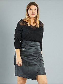 Top, blouse taille 50/52 - Top crêpé encolure en dentelle - Kiabi