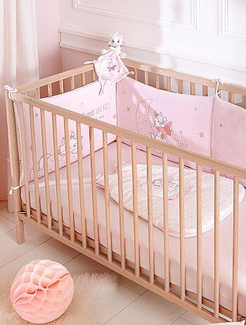 tour de lit en velours 39 disney 39 b b fille rose p le kiabi 30 00. Black Bedroom Furniture Sets. Home Design Ideas