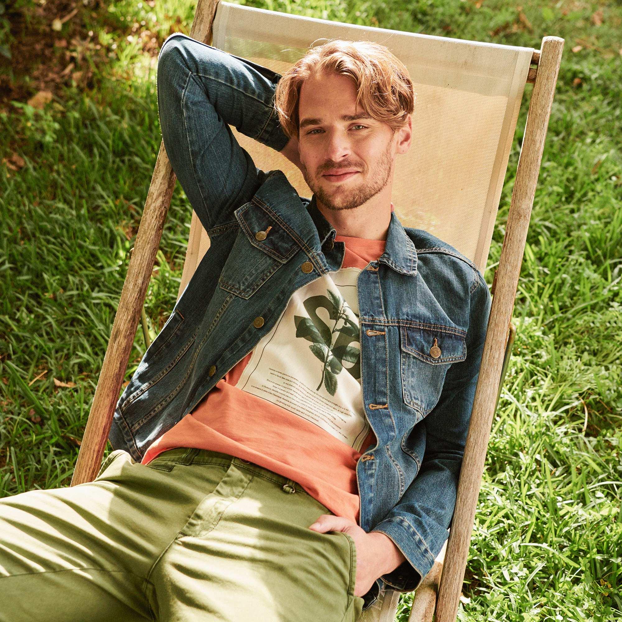 Couleur : brut, stone, ,, - Taille : S, M, XL,L,XXLLa bonne coupe, dans un denim pur coton : la vraie veste en jean comme on l'aime ! -