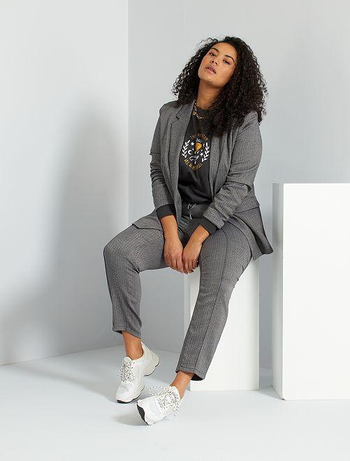 Veste style tailleur                             gris chevrons