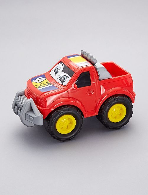 Voiture 4x4                                                                                         camion rouge