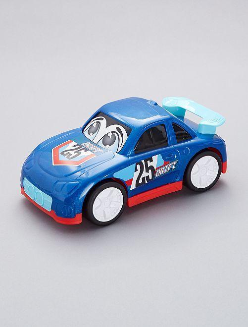 Voiture de course                                                                                         voiture bleu